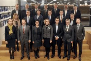 Foto mit mehreren Vertretern der IHK Stuttgart